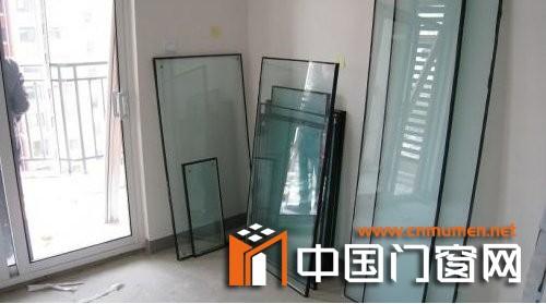 铝合金门窗安装检查
