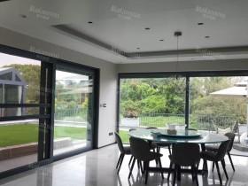 罗兰西尼门窗大玻璃窗装修实景图
