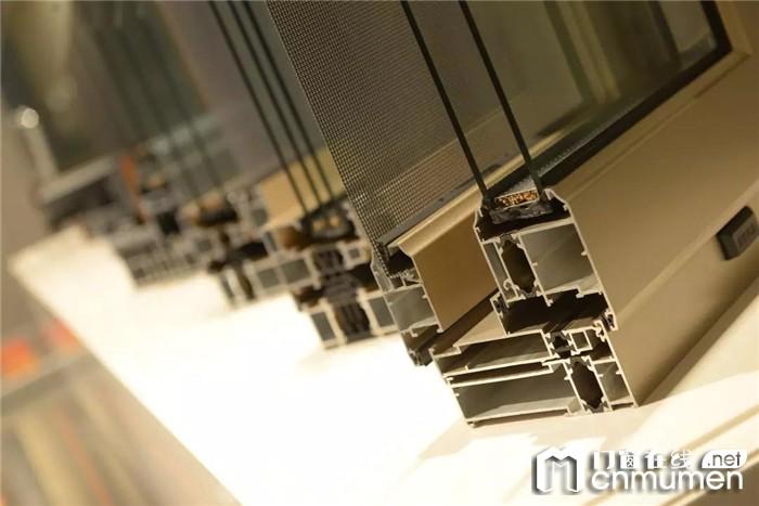 第四代罗兰西尼门窗体验馆做出的科技范不一样