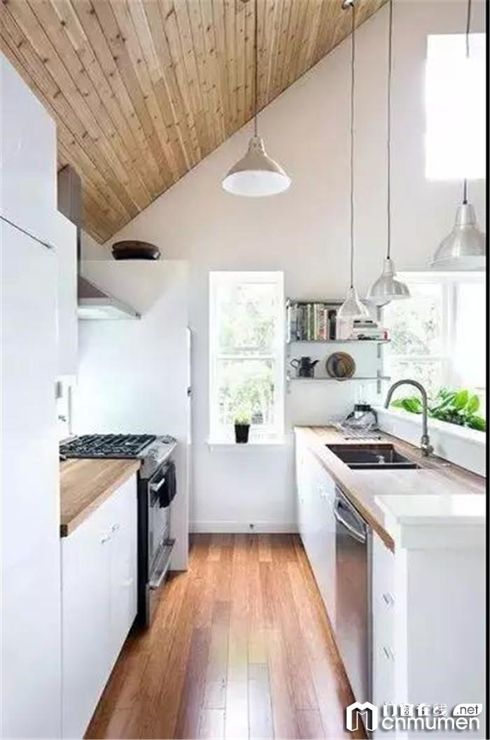 牛人是怎样增大小房子的实用空间?让简纳斯带你一探究竟!