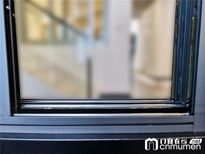 今天门窗新品鉴赏会精彩回顾,用高品质的产品回报客户的支持与厚爱!