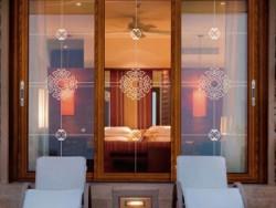 欧迪克门窗原木色铝合金门窗