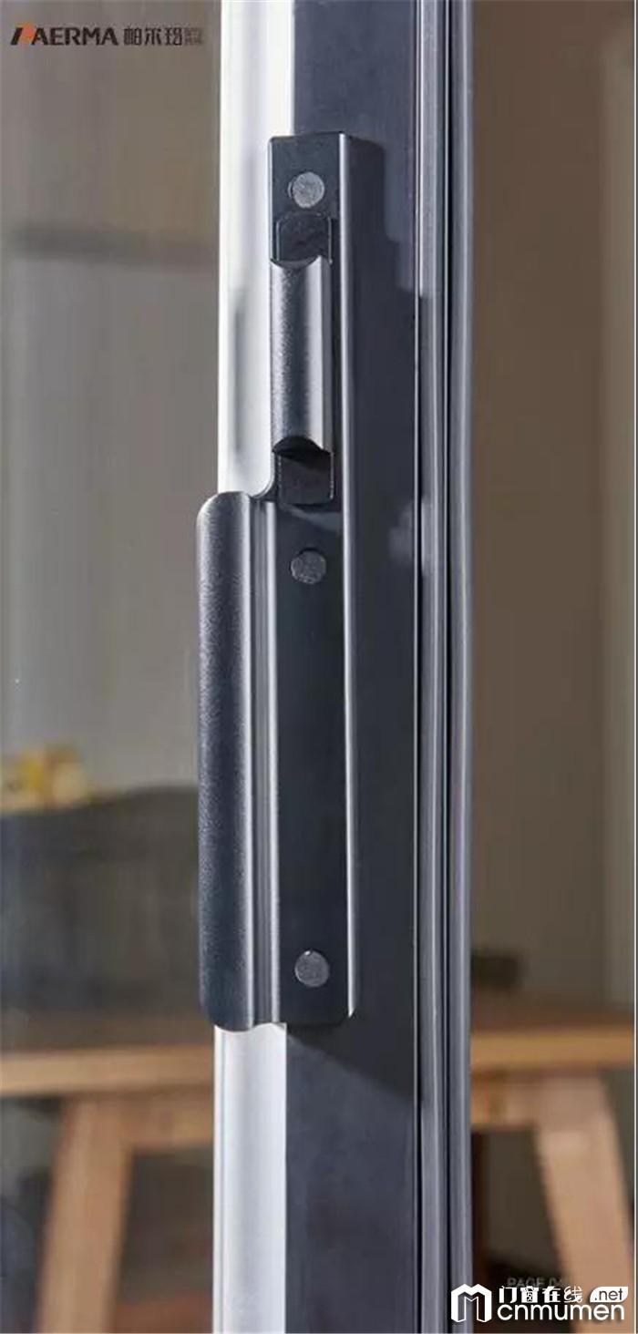 帕尔玛带来秋季门窗保养指南,延长它的使用寿命