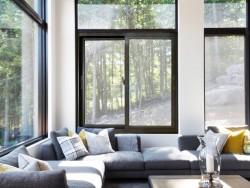 坚美门窗3-105系列双轨推拉窗