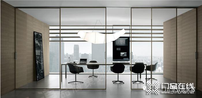 福临门世家门窗,轻奢感蕴含在每一处细节中,尽显空间搭配美感