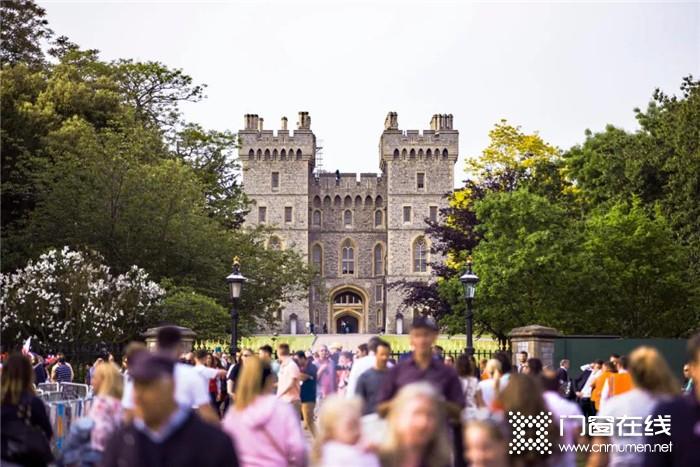 皇派门窗温莎城堡系列,为您打造奢华浪漫的至尊享受!