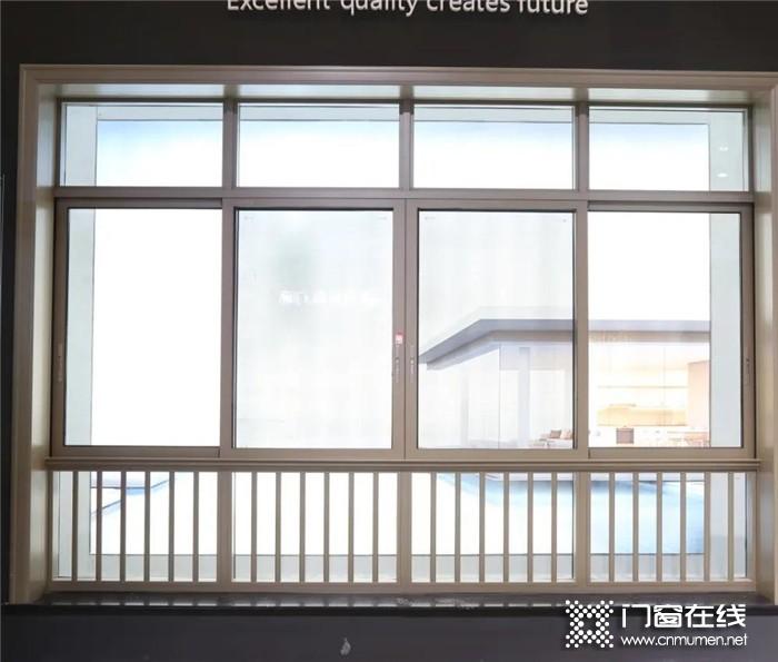 精品质 · 创未来!广州建博会今日盛大开幕,帝奥斯门窗欢迎您