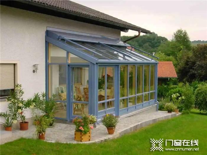 阳光房也需要好好爱护,德技优品门窗教你延长阳光房寿命的几个小方法