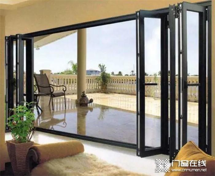 德技优品门窗无惧台风天,高品质为你打造安全舒适的家居环境