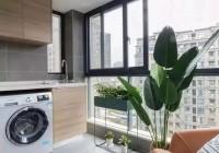 德兰诗尼:要装阳台柜的阳台怎样封最好?