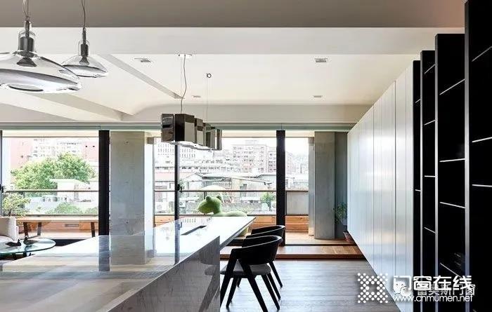 富奥斯门窗的那些细节设计,体现出家居的格调