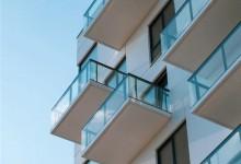 家住25楼,皇派告诉你封阳台窗户应该怎么选?