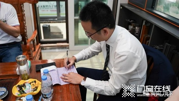 福临门世家门窗千万大商|惠城林硕珍总经理分享单场收单200万心得